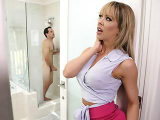 Cherie Deville & Tyler Nixon round Sneaking Pal up The brush BFFs Son - BrazzersNetwork