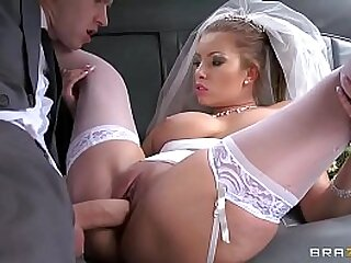 Danny fucking so sexual bride Donna Daunt By GigaPorn.Eu